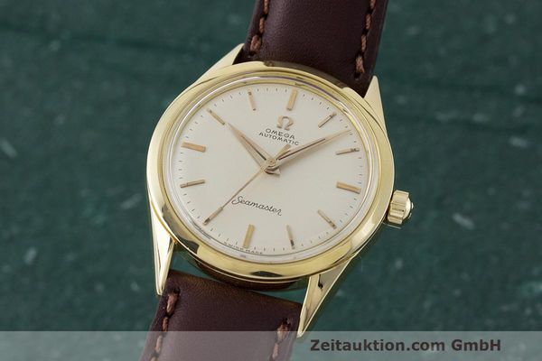 Used luxury watch Omega Seamaster 18 ct gold automatic Kal. 471 Ref. 2802SC VINTAGE  | 162143 04