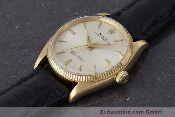 Used luxury watch Rolex Oyster Perpetual 18 ct gold automatic Kal. 1560 Ref. 1002  | 162179 01
