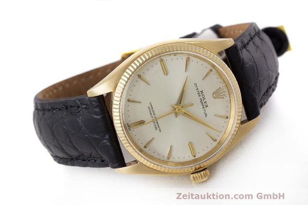 Used luxury watch Rolex Oyster Perpetual 18 ct gold automatic Kal. 1560 Ref. 1002  | 162179 03