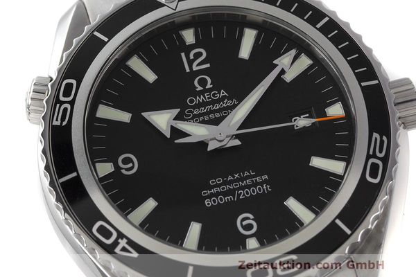 Used luxury watch Omega Seamaster steel automatic Kal. 2500 Ref. 22005000  | 162328 02