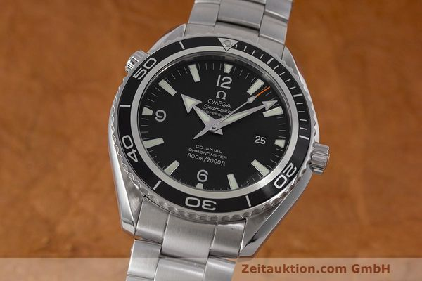 Used luxury watch Omega Seamaster steel automatic Kal. 2500 Ref. 22005000  | 162328 04