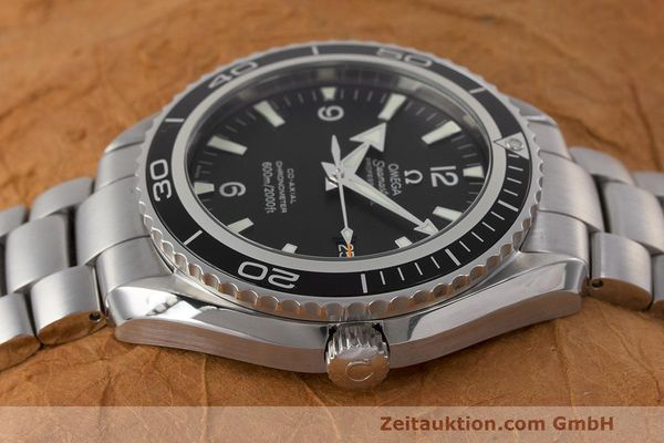 Used luxury watch Omega Seamaster steel automatic Kal. 2500 Ref. 22005000  | 162328 05