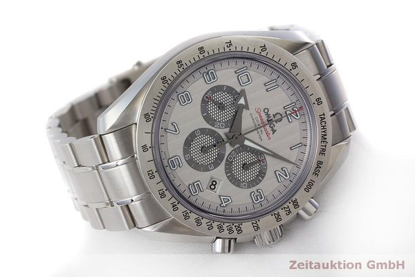 Used luxury watch Omega Speedmaster chronograph steel automatic Kal. 3313 Ref. 32110445002001  | 162535 03