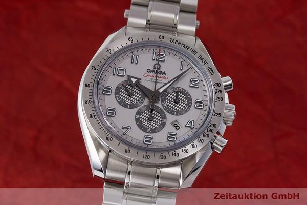 Used luxury watch Omega Speedmaster chronograph steel automatic Kal. 3313 Ref. 32110445002001  | 162535 04