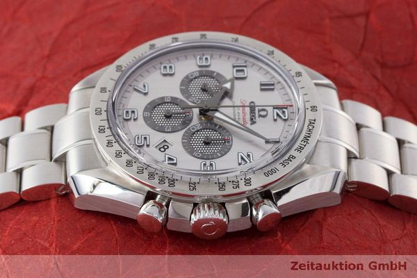 Used luxury watch Omega Speedmaster chronograph steel automatic Kal. 3313 Ref. 32110445002001  | 162535 05