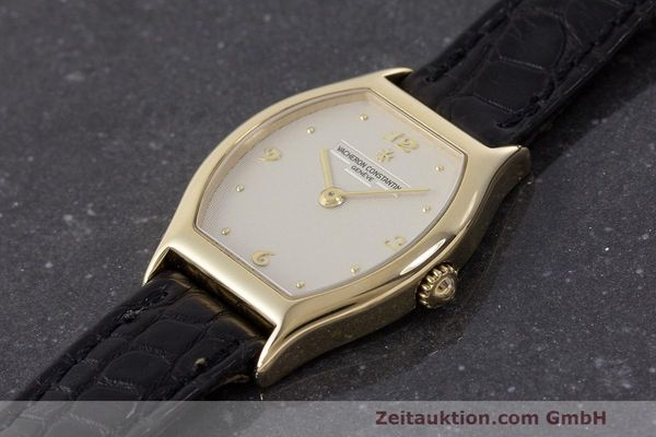 Used luxury watch Vacheron & Constantin * 18 ct gold manual winding Kal. 1055 Ref. 10150  | 162563 01