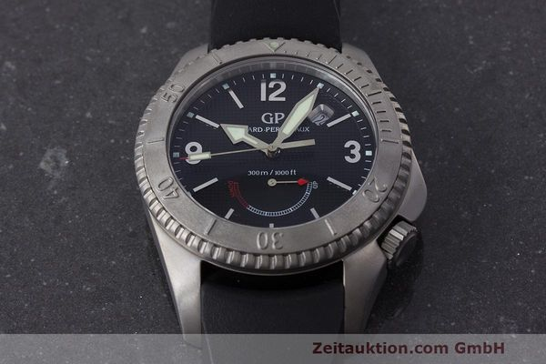 Used luxury watch Girard Perregaux Sea Hawk II titanium automatic Kal. 330 Ref. 4990  | 162673 16