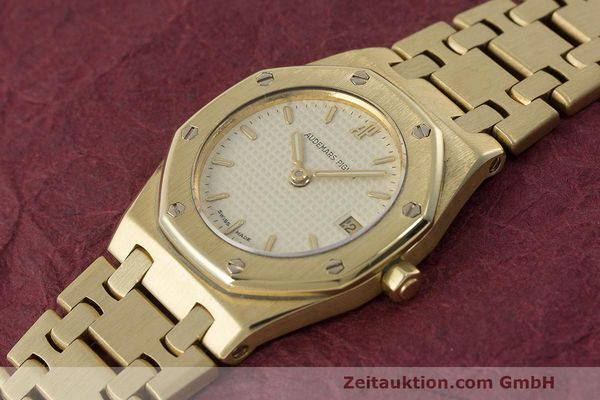 gebrauchte Luxusuhr Audemars Piguet Royal Oak 18k Gold Quarz Ref. C87103  | 162926 01