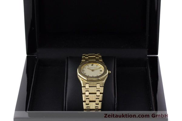 gebrauchte Luxusuhr Audemars Piguet Royal Oak 18k Gold Quarz Ref. C87103  | 162926 07