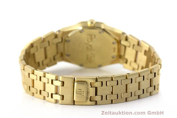 gebrauchte Luxusuhr Audemars Piguet Royal Oak 18k Gold Quarz Ref. C87103  | 162926 11