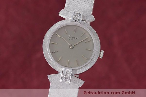 CHOPARD LADY 18K (0,750) WEISS GOLD DAMENUHR DIAMANTEN HANDAUFZUG VP: 19750,- Euro [163026]