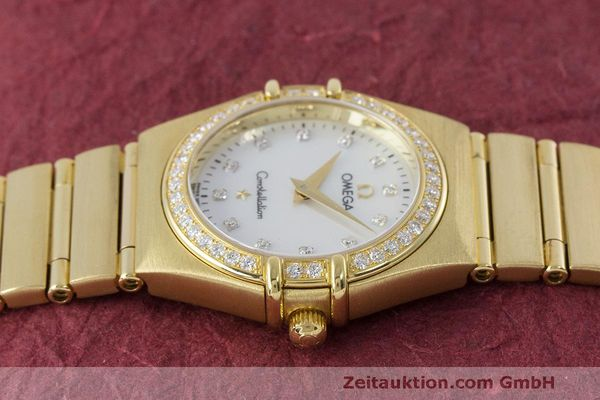 gebrauchte Luxusuhr Omega Constellation 18k Gold Quarz Kal. 1456 Ref. 11777500  | 163175 05