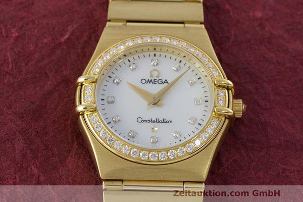 gebrauchte Luxusuhr Omega Constellation 18k Gold Quarz Kal. 1456 Ref. 11777500  | 163175 16