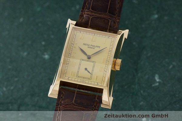 PATEK PHILIPPE PAGODA 18 CT GOLD MANUAL WINDING KAL. 215 LP: 32444EUR [170265]