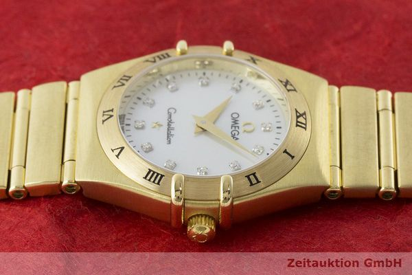 gebrauchte Luxusuhr Omega Constellation 18k Gold Quarz Kal. 1456 Ref. 11727500  | 181190 05