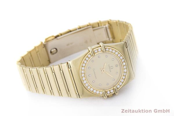 gebrauchte Luxusuhr Omega Constellation 18k Gold Quarz Kal. 1450 Ref. 6950001  | 183098 03