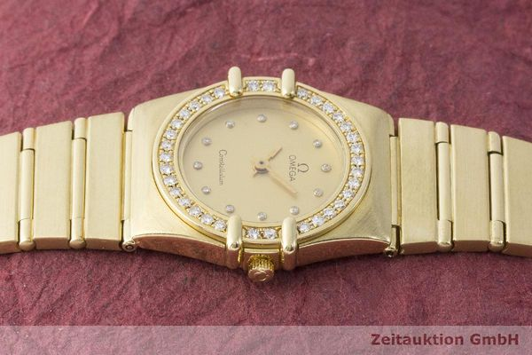 gebrauchte Luxusuhr Omega Constellation 18k Gold Quarz Kal. 1450 Ref. 6950001  | 183098 05