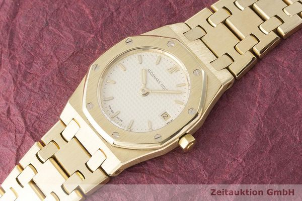 gebrauchte Luxusuhr Audemars Piguet Royal Oak 18k Gold Quarz Kal. 2610 Ref. C87056  | 183410 01