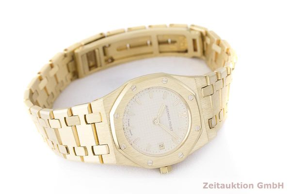 gebrauchte Luxusuhr Audemars Piguet Royal Oak 18k Gold Quarz Kal. 2610 Ref. C87056  | 183410 03