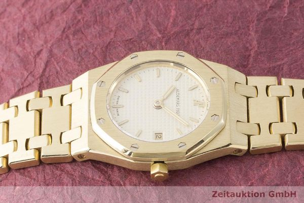 gebrauchte Luxusuhr Audemars Piguet Royal Oak 18k Gold Quarz Kal. 2610 Ref. C87056  | 183410 05