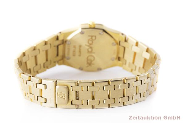 gebrauchte Luxusuhr Audemars Piguet Royal Oak 18k Gold Quarz Kal. 2610 Ref. C87056  | 183410 11