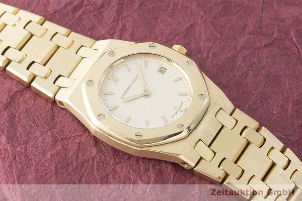 gebrauchte Luxusuhr Audemars Piguet Royal Oak 18k Gold Quarz Kal. 2610 Ref. C87056  | 183410 14