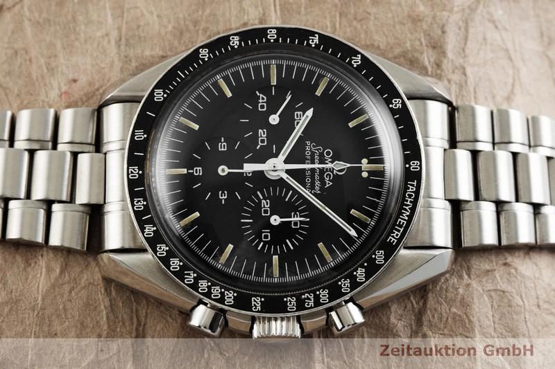 gebrauchte Luxusuhr Omega Speedmaster Moonwatch Chronograph Stahl Handaufzug Kal. 863 Ref. ST.345.0808  | 2000805 _0