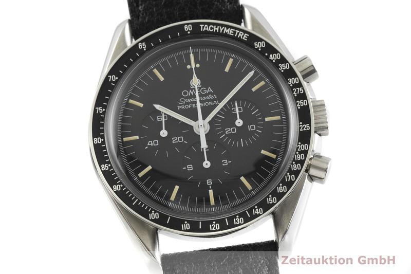 gebrauchte Luxusuhr Omega Speedmaster Moonwatch Chronograph Stahl Handaufzug Kal. 863 Ref. 345.0808  | 2001407 _0