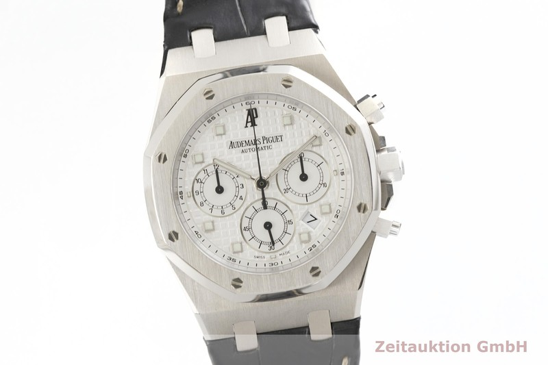 gebrauchte Luxusuhr Audemars Piguet Royal Oak Chronograph 18k Weissgold Automatik Kal. AP2285 Ref. 26022BC.00.D002CR.01  | 2001654 _0