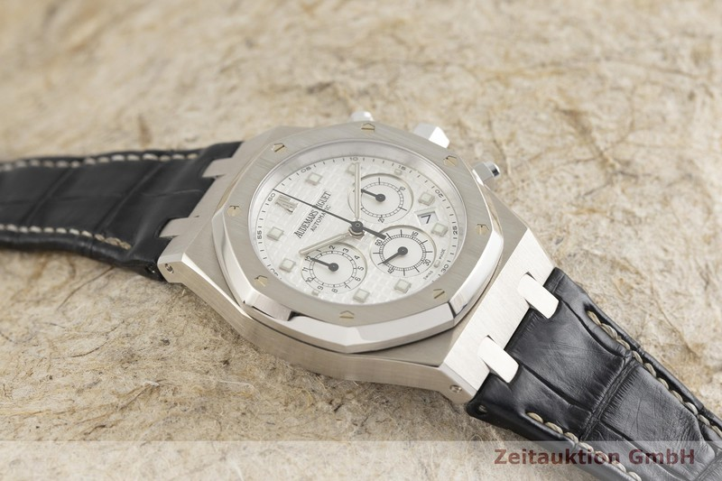 gebrauchte Luxusuhr Audemars Piguet Royal Oak Chronograph 18k Weissgold Automatik Kal. AP2285 Ref. 26022BC.00.D002CR.01  | 2001654 _1