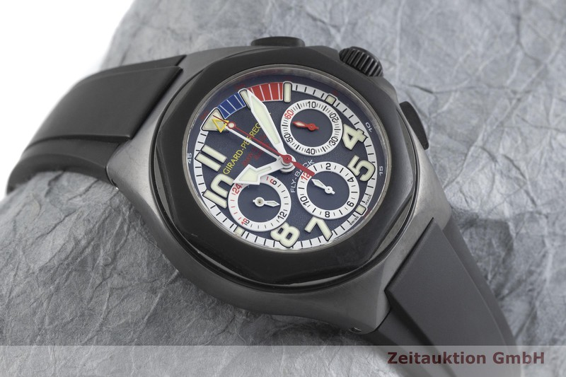 gebrauchte Luxusuhr Girard Perregaux Laureato Chronograph Titan Automatik Kal. 33CO.AK Ref. 80175 LIMITED EDITION | 2001984 _1
