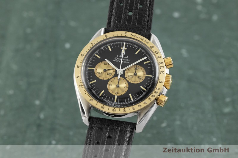 gebrauchte Luxusuhr Omega Speedmaster Moonwatch Chronograph Stahl / Gold Handaufzug Kal. 861 Ref. ST145.022 LIMITED EDITION | 2002240 _0