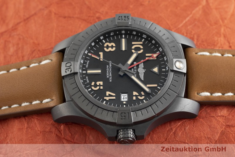 gebrauchte Luxusuhr Breitling Avenger Titan Automatik Kal. B32 Ref. V32395  | 2002365 _0
