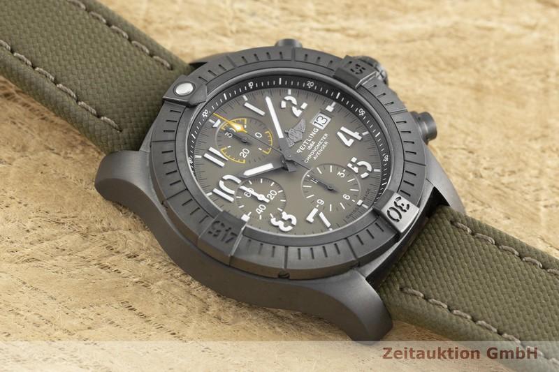 gebrauchte Luxusuhr Breitling Avenger Chronograph Titan Automatik Kal. B13 Ref. V13317  | 2002380 _1