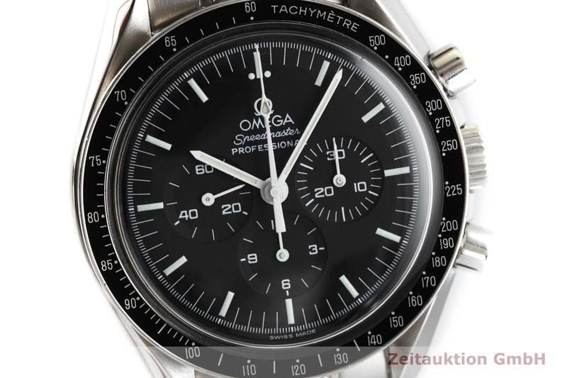 gebrauchte Luxusuhr Omega Speedmaster Moonwatch Chronograph Stahl Handaufzug Kal. 1856 Ref. 3872.5000  | 2002429 _0