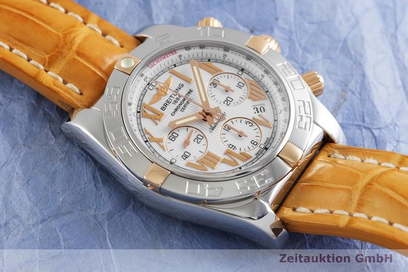 gebrauchte Luxusuhr Breitling Chronomat 44 Chronograph Stahl / Gold Automatik Kal. B01 Ref. IB0110    2002885 _1