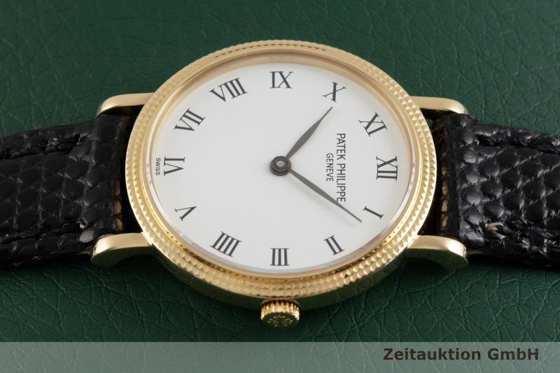 gebrauchte Luxusuhr Patek Philippe Calatrava 18k Gold Quarz Kal. E15 Ref. 4819  | 2003781 _0