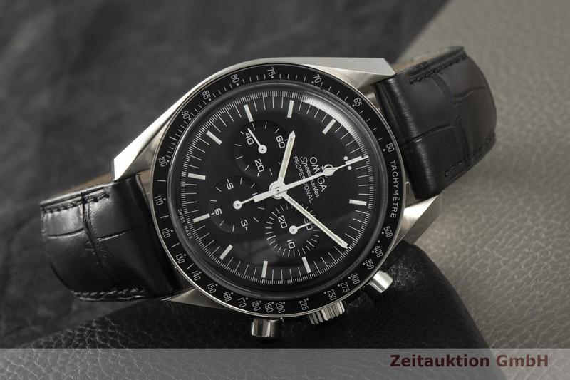 gebrauchte Luxusuhr Omega Speedmaster Moonwatch Chronograph Stahl Handaufzug Kal. 1861 Ref. 311.33.42.30.01.001  | 2102185 _0