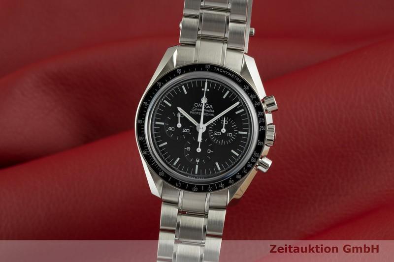 gebrauchte Luxusuhr Omega Speedmaster Moonwatch Chronograph Stahl Handaufzug Kal. 1863 Ref. 311.30.42.30.01.006  | 2103597 _0